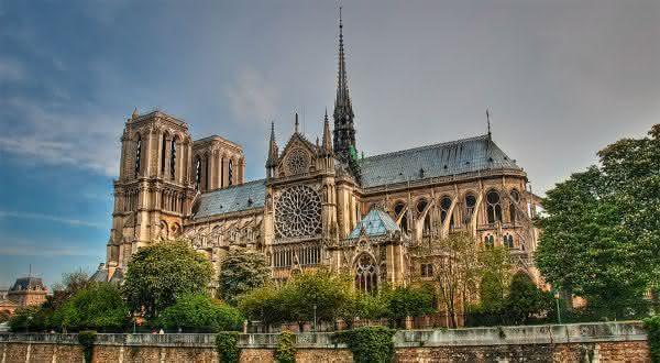 Catedral de Notre-Dame entre as igrejas mais famosas do mundo