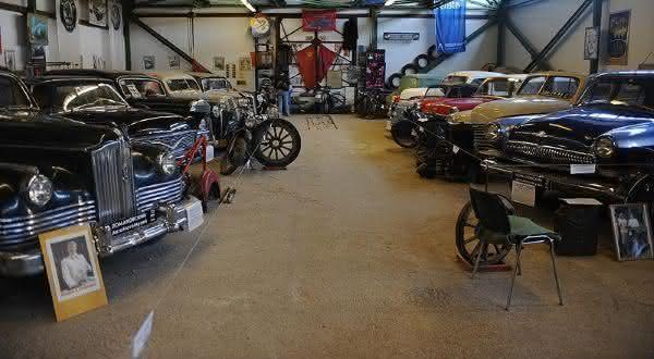 Dmitry Lomakov entre os maiores colecionadores de carros do mundo