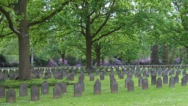 Cemiterio de Ohlsdorf entre os maiores cemiterios do mundo