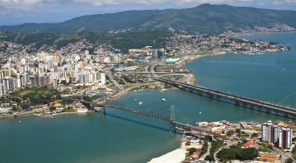 Ilha de Santa catarina entre as maiores ilhas do brasil