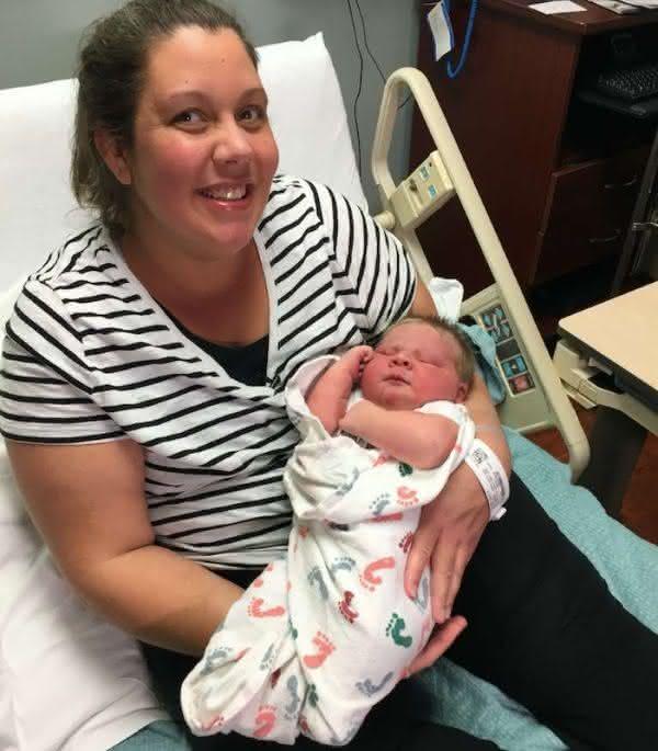 Valentino 2 entre os maiores bebes recem-nascidos do mundo
