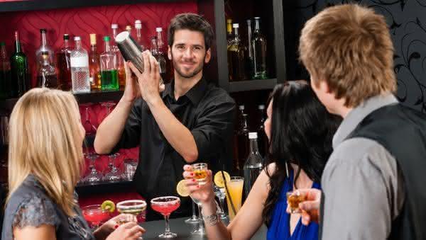 Bartenders entre as profissoes com as maiores taxas de divorcios