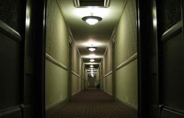 Top 10 hotéis assombrados aterrorizantes com atividade fantasma real 16