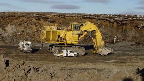 Demag H740 OS entre as maiores escavadeiras do mundo