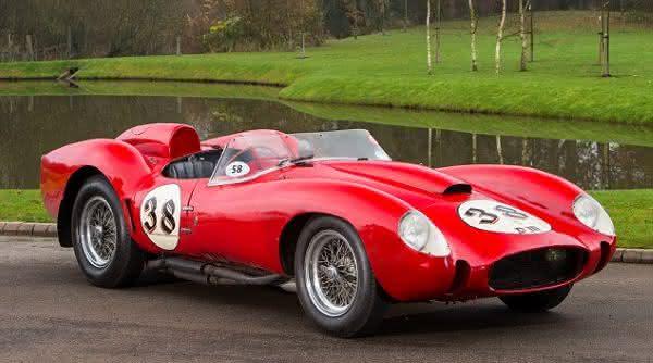 Ferrari 250 Testa Rossa entre os carros ferrari mais caras ja construidas