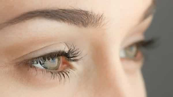 olhos entre os metodos de teste de gravidez bizarros