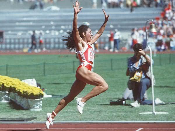 Florence Griffith Joyner entre as mulheres mais rapidas de todos os tempos