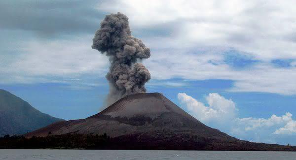Krakatoa entre as maiores erupcoes vulcanicas da historia