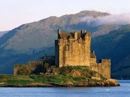 Castillo de Eilean Donan 10 Mejores lugares Para Visitar en Escocia