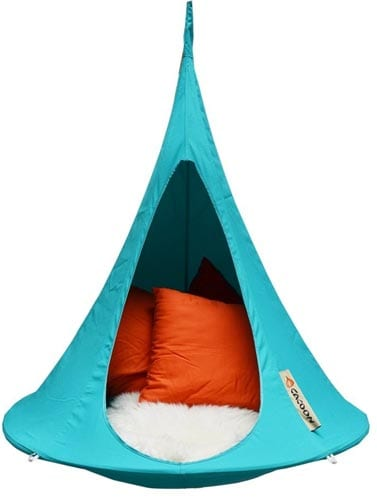 Cacoon-Bonsai-hanging-Chair-tries-Turquoise