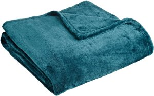 9. Northpoint Cashmere Plush Velvet Throw