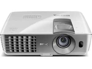 1. BenQ W1070 1080P 3D DLP Home Theater Projector