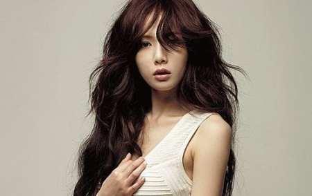 1.Hyuna K-Pop Star