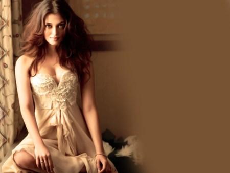 1.Aishwarya Rai Bachchan