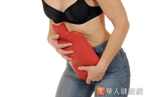 經期腹部疼痛煎熬 瑜珈3式緩解   華人健康網