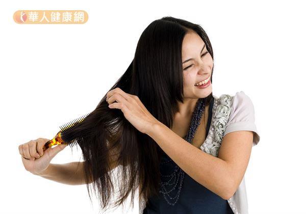 頭髮變少變細 快補充鋅鐵食物 | 華人健康網