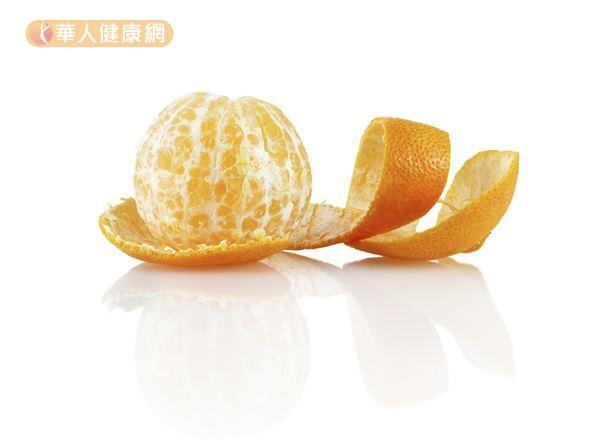 喉嚨痛吃不下?巧吃蘋果優格5食譜舒緩 | 華人健康網