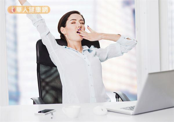 瞌睡蟲上身?這樣做恢復活力,擺脫嗜睡 | 華人健康網