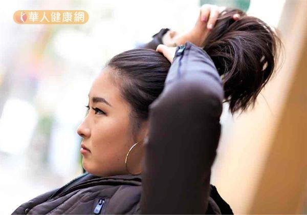 額頭太高怕禿頭!救救髮際線~女中醫:先揪出4大壞體質 | 華人健康網