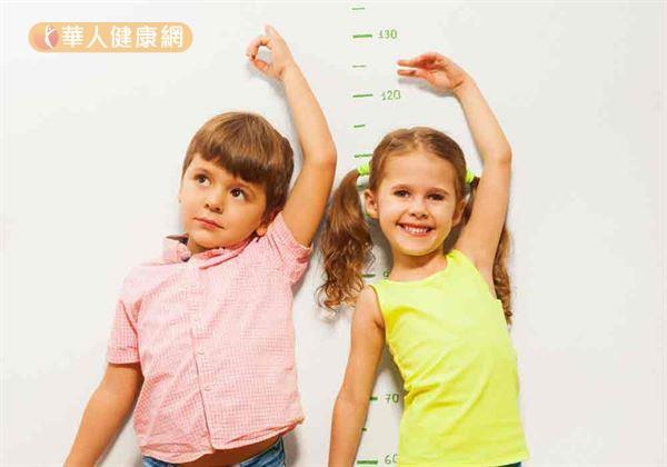 學齡前孩子長高有訣竅~不只睡飽多運動。巧按3穴位助調理   育嬰親子   華人健康網