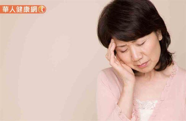 頭痛會中風?遠離偏頭痛10大危險因子 | 華人健康網