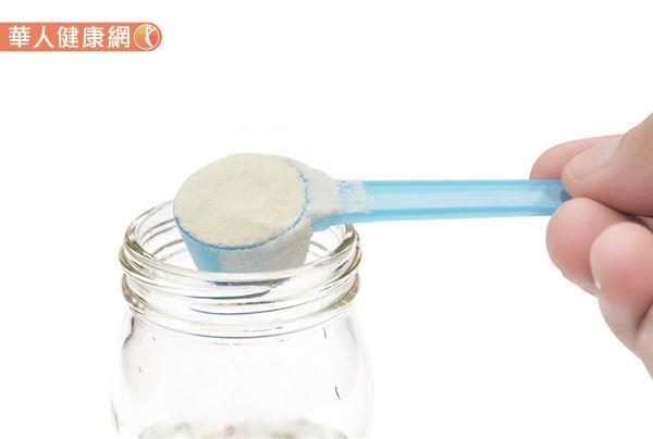 幼兒一定要喝成長配方嗎?專家提醒:小心攝取過多精緻糖。恐釀健康危害 | 華人健康網