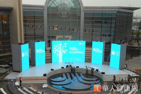 30歲生日的如新集團在大中華創新總部園區設立抗衰老科研中心、生產基地和體驗中心,是美國總部以外的第一個區域總部。(攝影/駱慧雯)