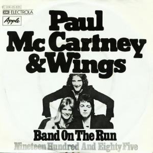 paul-mccartney-and-wings-band-on-the-run-apple-5