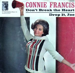connie-francis-dont-break-the-heart-that-loves-you-mgm-2