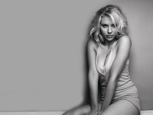 #5 Scarlett Johansson Pic!