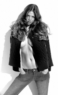 #3 Susan Eldridge Pics!