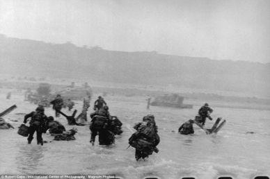 #2 Robert Capa D-Day Shots!