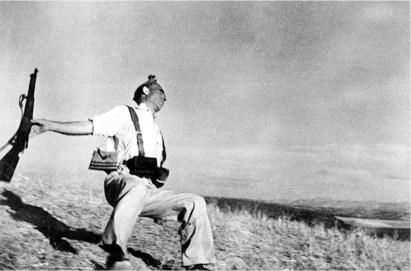 #1 Robert Capa Pics!