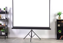 Best Tripod Projector Screens