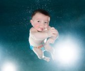 underwater-photos-of-babies-exploring-a-brand-new-world-seth-casteel-8