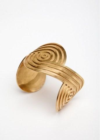 spira wrist bracelet