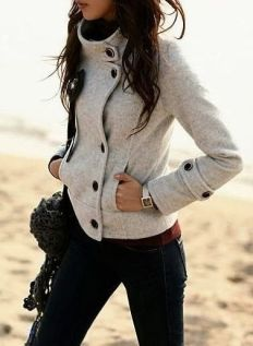 street-style-gray-sweater-coat