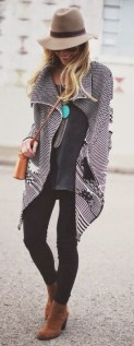 street-style-houndstooth-neon-397x1024