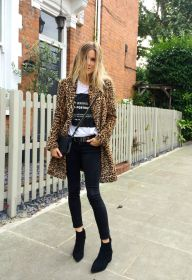 style with leopard coat