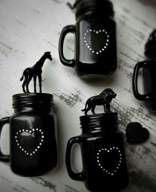 black vase candle
