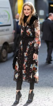 LONDON, ENGLAND - FEBRUARY 20: Olivia Palermo wearing a dress with floral print outside Erdem on day 4 of the London Fashion Week February 2017 collections on February 20, 2017 in London, England. (Photo by Christian Vierig/Getty Images)