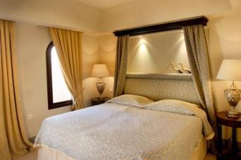 suite 11