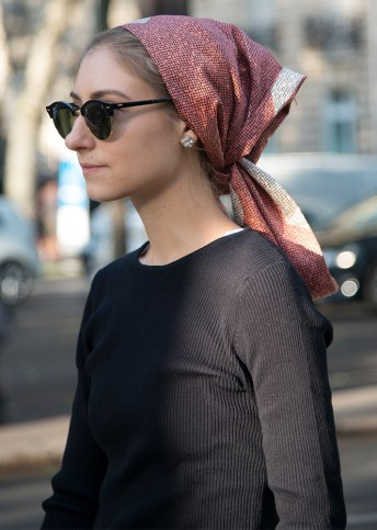 hair-pulled-in-scarf