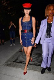bella-hadid-denim-dress-