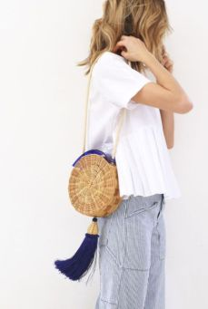 straw shoulder bag