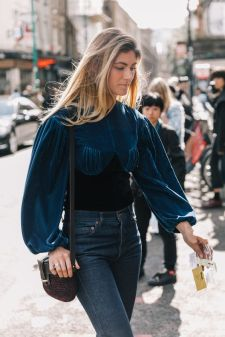 velvet puffy sleeve top