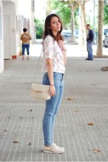 light-pink-bershka-shoes-teal-pull-bear-jeans-light-pink-cndirect-shirt_400