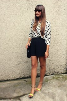 zara-shorts-sheinside-blouse_400