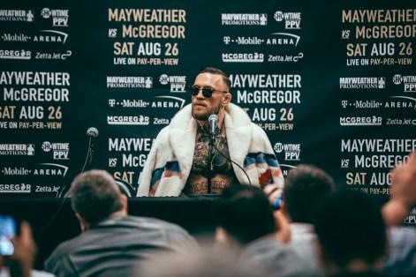 Mayweather_vs_McGregor_WorldTour_NY-22