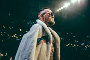 Mayweather_vs_McGregor_WorldTour_NY-3